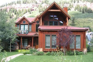 Accommodations In Telluride :: Whether on a budget or looking for the ultimate in luxury, we are the source for Telluride Lodging & Vacation rental needs! Click for the best lodging deals & specials!