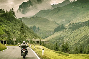 Expedition Overland - bike rentals and tours